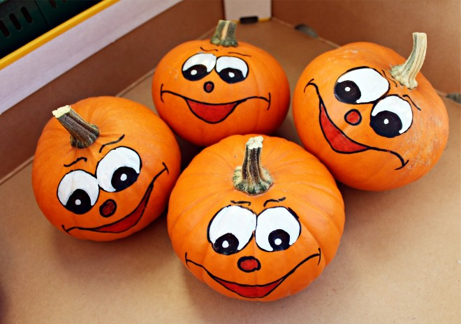 If You Or Your Kids Arent Into Carving Pumpkins Painting Is Also A Fun Option This Fall Can Really Paint Any Type Of Pumpkin But Smooth